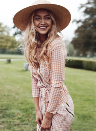 Gigi Hadid for Vogue Spain
